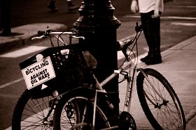 bicycling-a-quiet-protest-against-oil-wars