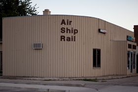 Air Ship Rail